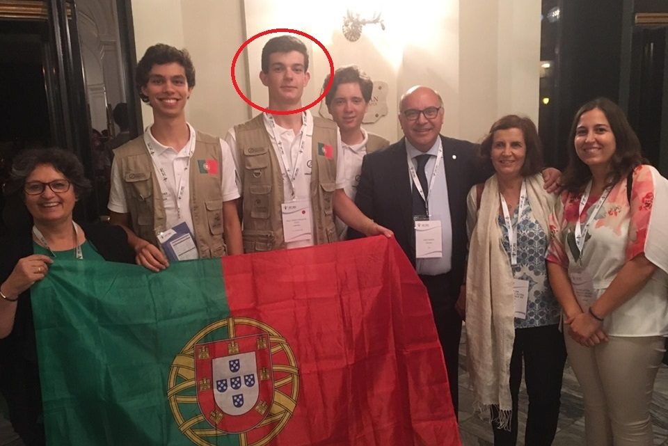 Aluno do Agrupamento de Escolas de Nelas, representa Portugal na Olimpíadas de Biologia